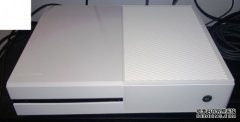 Xbox One早期开发版曝光 外观性感